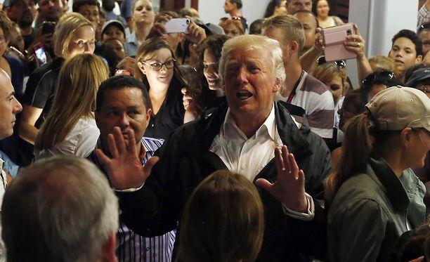 Donald Trump vieraili Puerto Ricossa tiistaina.