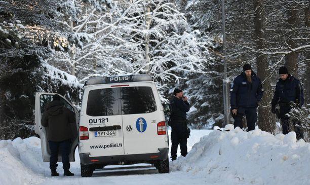 Poliisi sai epäillyt kiinni tapahtumapaikan läheisyydestä.