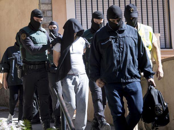Espanjassa pidätettiin Madridin lähellä kesäkuussa 2017 marokkolaismies, jonka epäiltiin levittävän Isisin propagandaa.