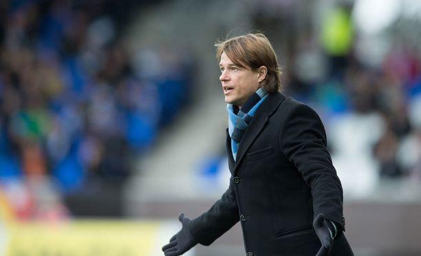 HJK:n päävalmentaja Mika Lehkosuo odottaa Stadin derbyn tunnelmaa.