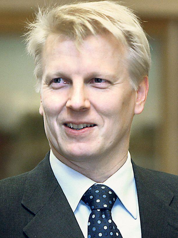 Ympäristöministeri Tiilikainen puhui Tampereella lähiliikunnan puolesta.