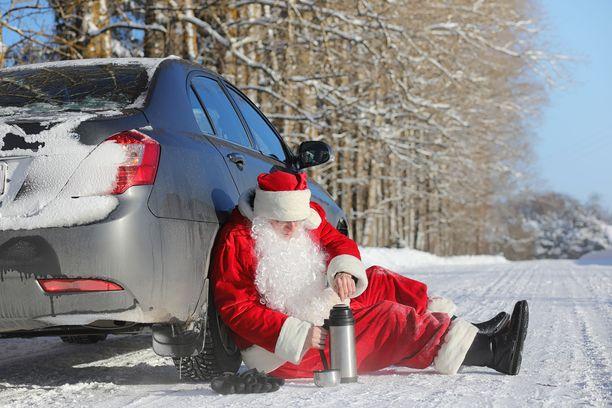 Joulupukki ajoi moottoroidulla reellään ylinopeutta eri puolilla Suomea.