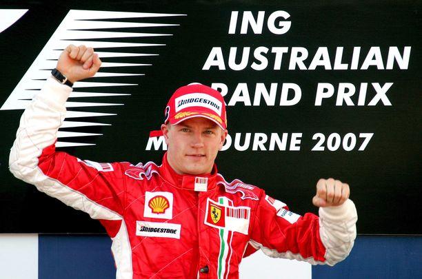 Kimi Räikkönen aloitti vuonna 2007 Melbournen aika-ajon ja lopullisen MM-pistetaulukon välisen tilastoyhteyden.
