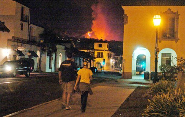 Palot ovat leviämässä julkkisten suosimalle Cold Springsin alueelle.