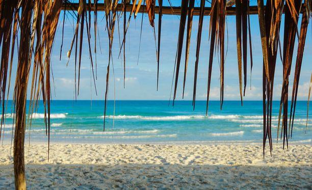 Jouluna voi paistatella vaikkapa Kuuban rannoilla.