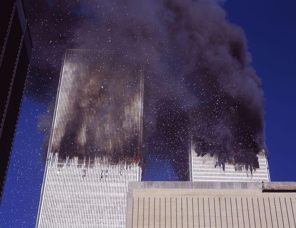 Tältä WTC-tornit näyttivät Manhattanin itäpuolelta.