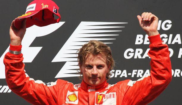 Vuosi 2009 oli tuskainen, mutta tällainen tuuletus syntyi sentään Belgian GP-voiton kunniaksi.
