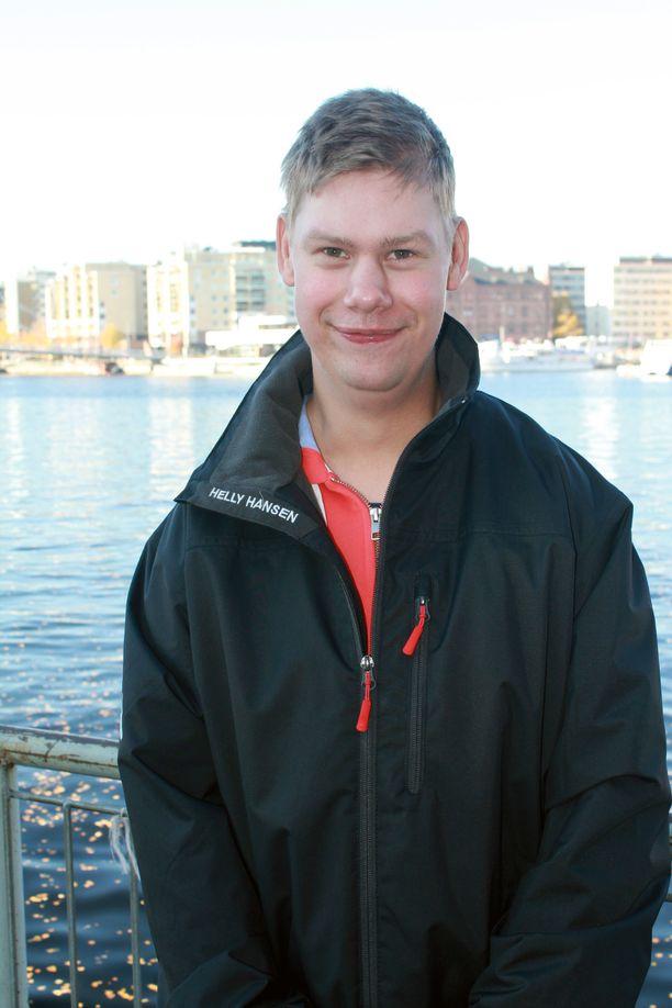 Roope Järvinen asuu kehitysvammaisille tarkoitetussa tuetussa asuntolassa.