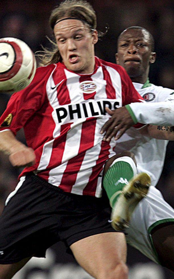"""""""Väykkä"""" joutuu ensi kaudellakin taistelemaan peliajasta PSV Eindhovenin paidassa."""