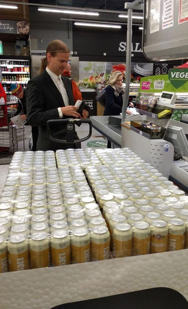 Ilmeesi, kun ostat kerralla 1000 tölkkiä kaljaa.