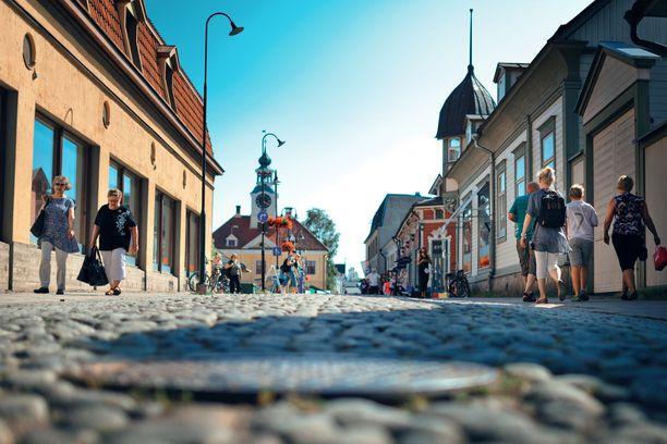 Vanha Rauma tarjoaa puutalokortteleita, pikkuputiikkeja ja mukulakivikatuja.
