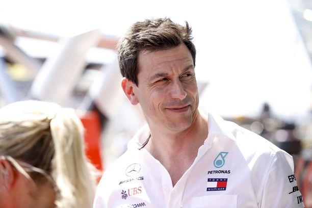 Toto Wolffista tulee tämän kauden jälkeen ensimmäinen kuusi peräkkäistä F1-tuplamestaruutta napannut tallipäällikkö.