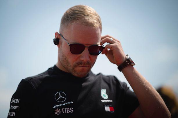 Valtteri Bottas ei onnistunut sunnuntaisessa Unkarin GP:ssä.