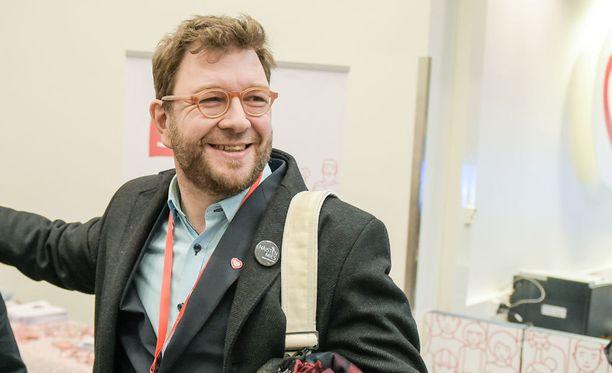Timo Harakka sanoo, että hänellä on vahva kannatus nuorten SDP-edustajien joukossa.