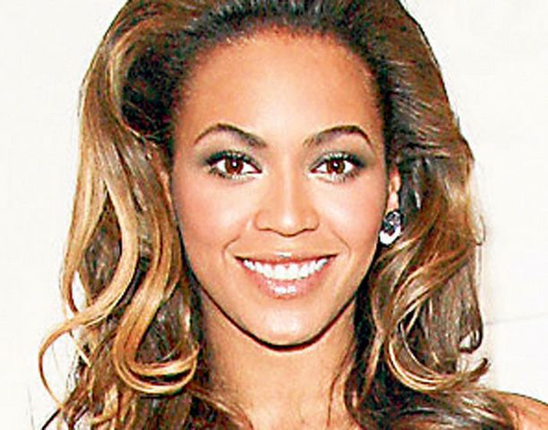 Beyoncé Knowlesin ensi-iltapuku olisi saanut Linnassa monen herran vetämään boolin väärän kurkkuun.