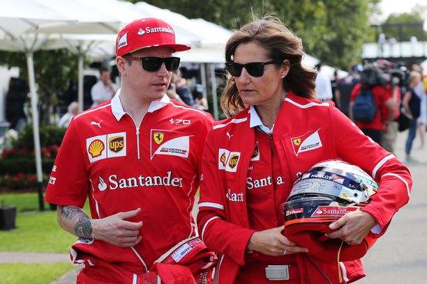 Kimi Räikkönen ja Stefania Bocchi ovat työskennelleet yhdessä Ferrarilla.