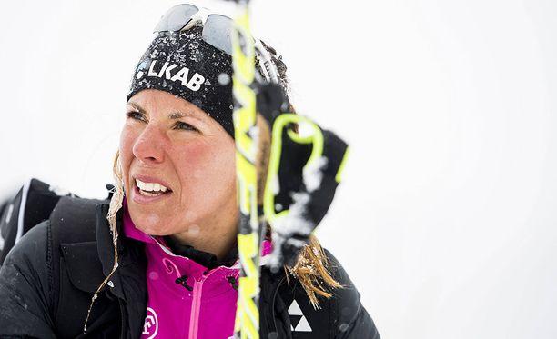 Charlotte Kalla on Ruotsin maajoukkueen kanssa harjoitusleirillä Val Senalesissa.