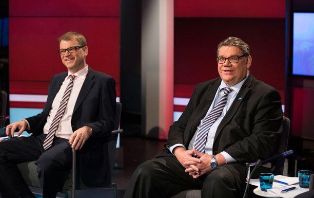 Juha Sipilä ja Timo Soini Ylen vaalipaneelissa marraskuussa.