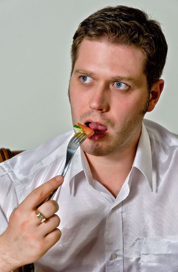Melkeinpä mikä tahansa laihdutusruokavalio karsii syödyn ruoan määrää.