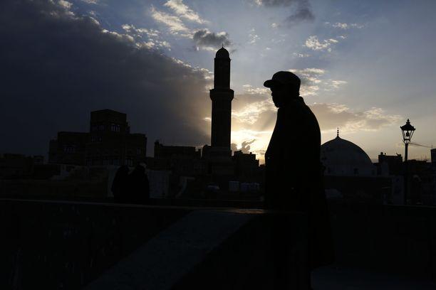 Jemenin huthikapinalliset kertovat tehneensä suuren iskun Saudi-Arabian rajalla. Kuvituskuva Jemenistä.