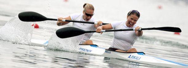 Anne Rikala ja Jenni Mikkonen eivät olleet tyytyväisiä suoritukseensa.