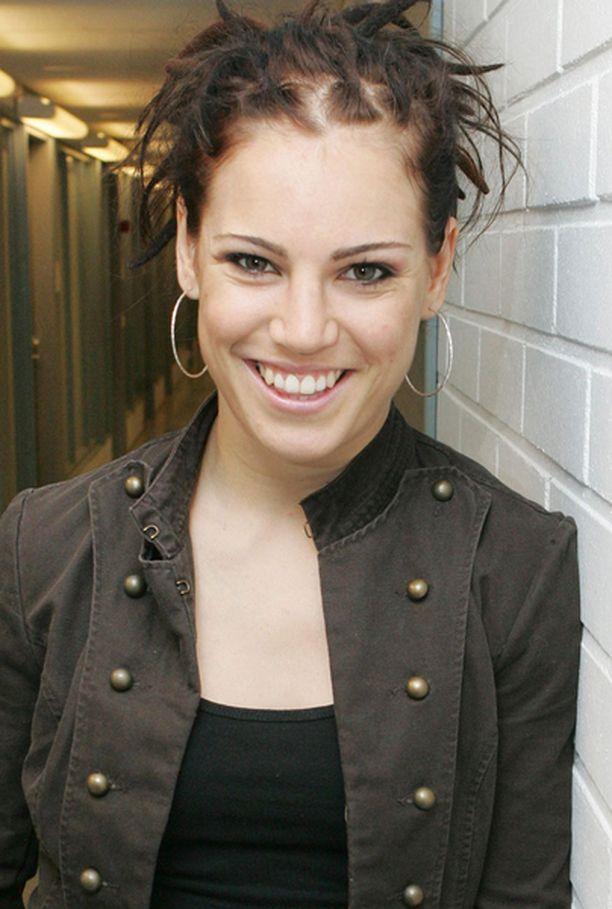 Eva Wahlström avautui toissa kesän ongelmistaan.