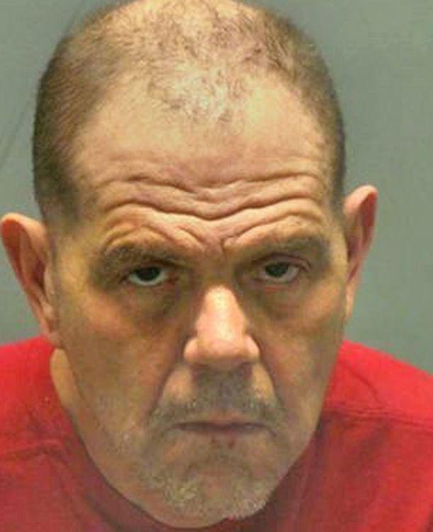 Borroni teki ryöstön päästäkseen takaisin vankilaan.