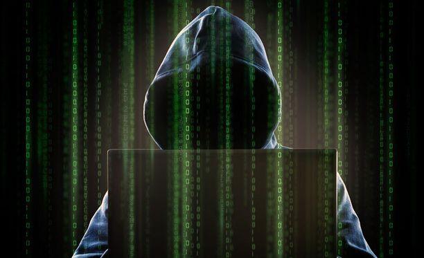 Kyberrikollisten torjunta on noussut korkealle kansallisen turvallisuuden asialistoilla monissa maissa.