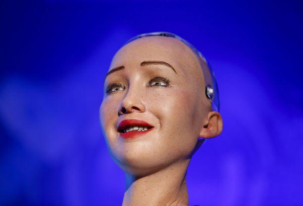 Sophia pystyy tekemään kasvoillaan yli 60 erilaista ihmismäistä ilmettä.