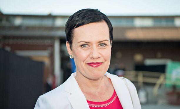 Kansanedustaja Maarit Feldt-Ranta sanoo Iltalehdelle, ettei hän tiennyt Tukiaisen puuhista.