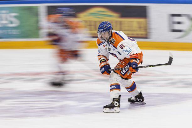 Tapparan kapteeni Jukka Peltola tunnetaan pelaajana, joka panosten kasvaessa pystyy nostamaan tasoaan.