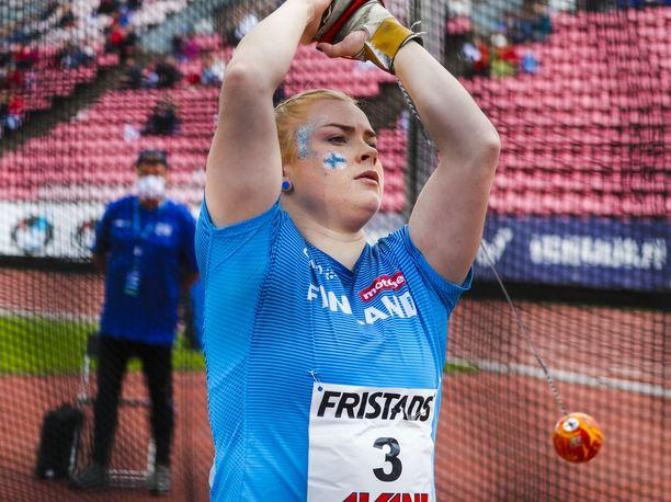 Krista Tervo jäi ilman tulosta naisten moukarin karsinnassa Tokion olympialaisissa.