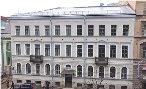 Suomi-Talosta tuli rahareikä.