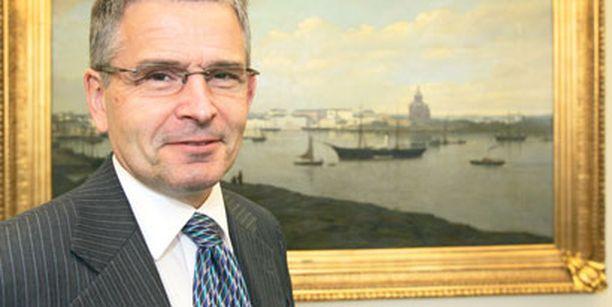 Jussi Pajunen ei aio enää ryhtyä aktiivisiin toimiin Santahaminan avaamiseksi kaupunkilaisille.