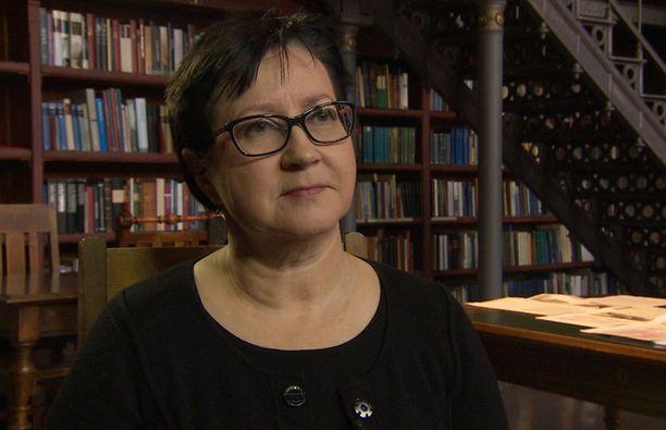 Maria Lähteenmäki on Itä-Suomen yliopiston historian professori.