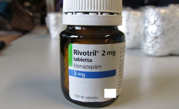 Helsingin poliisi takavarikoi kesäkuussa tuhansia Rivotril-pillereitä iosana laajaa rikostutkintaa. Nyt Helsingin katukaupassa liikkuu Rivotrilin nimellä myytävää ainetta, joka on mahdollisesti jotain muuta.