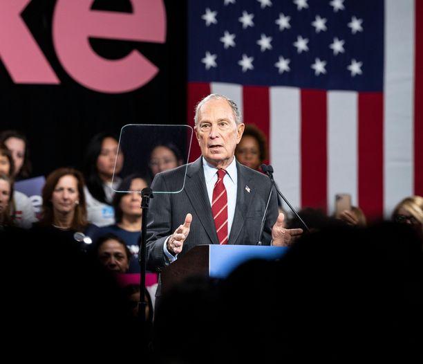 Demokraattien presidenttiehdokkuutta tavoitteleva Michael Bloomberg kuuluu maailman rikkaimpien ihmisten joukkoon.
