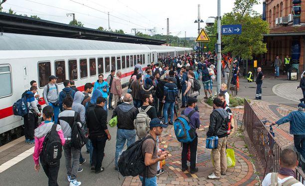 PST:n osastopäällikkö Erik Haugland kertoo VG:lle, että turvapaikanhakijoilla voi olla tällaisia kuvia monista syistä.