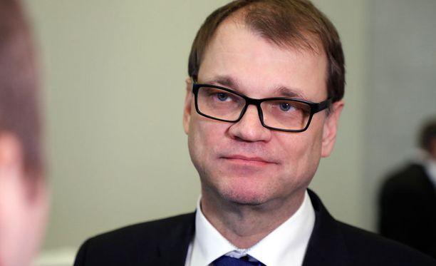 Pääministeri Juha Sipilän (kesk) mukaan hallituspuolueiden välillä ei ole ollut kiistaa hallintarekisteriasiassa.