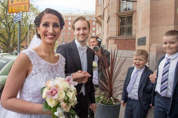 Kansanedustaja Nasima Razmyar meni naimisiin Johan Fagerin kanssa jo toukokuun puolella.
