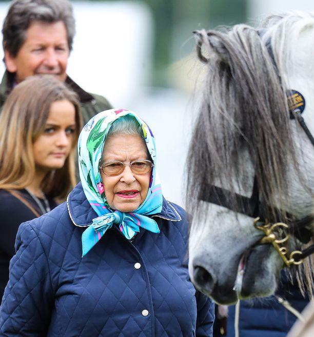 Toukokuussa kuningatar Elisabet vieraili Royal Windsor Horse Show -tapahtumassa.