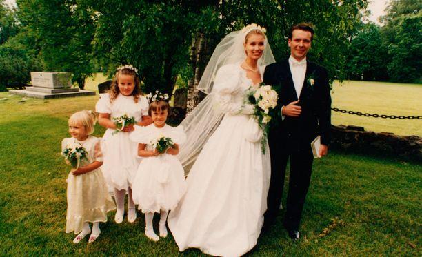 Tuula ja Ismo Portin ovat olleet naimisissa jo 24 vuotta. Heillä on kolme lasta.