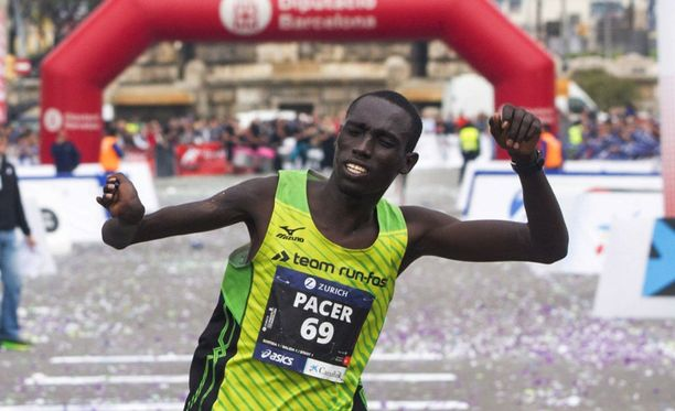 Jonah Kipkemoi juoksi ensimmäisen maratoninsa maaliin asti - voittajana.