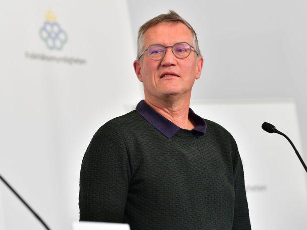 Ruotsin pääepidemiologi Anders Tegnellin usko omaan linjaansa ei horru.