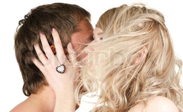 Naisen saa syttymään esimerkiksi auttamalla häntä rentoutumaan.