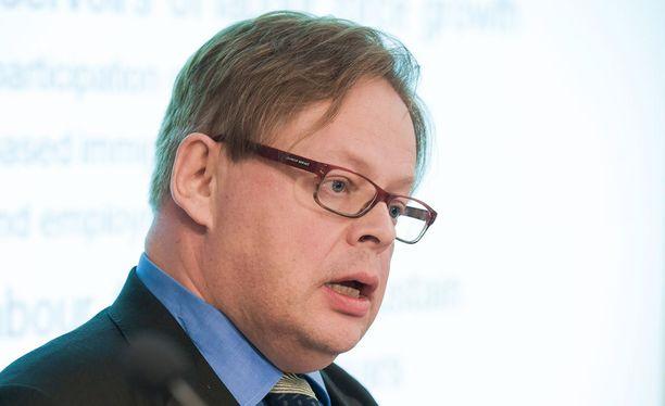 Ensimmäisen kauden kansanedustaja Juhana Vartiainen (kok).