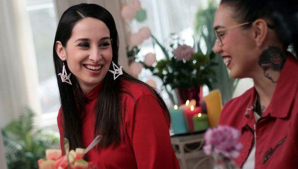Yagmur Özberkanin lisäksi Jenny+:n vieraana on lifestylebloggaaja Nata Tolmatsova.