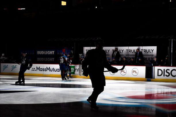NHL:ssä ei ole vältytty tartunnoilta ja ottelusiirroilta.