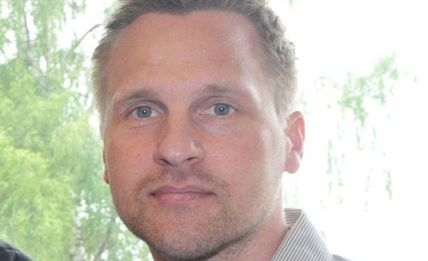 Antti Niemi kehui HJK.n puolustusalttiutta.