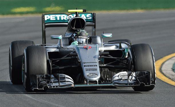 Nico Rosberg ajoi uransa 15. GP-voiton.